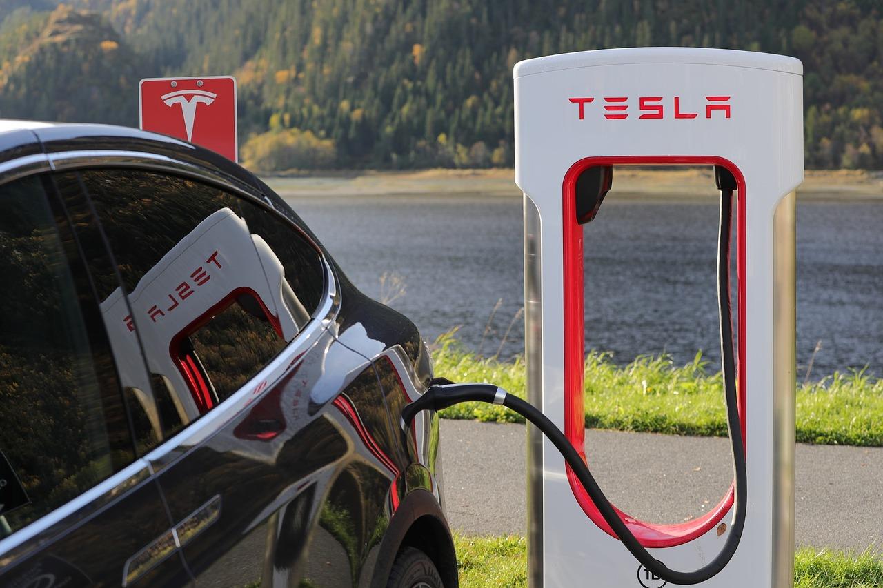 La démocratisation des voitures Tesla