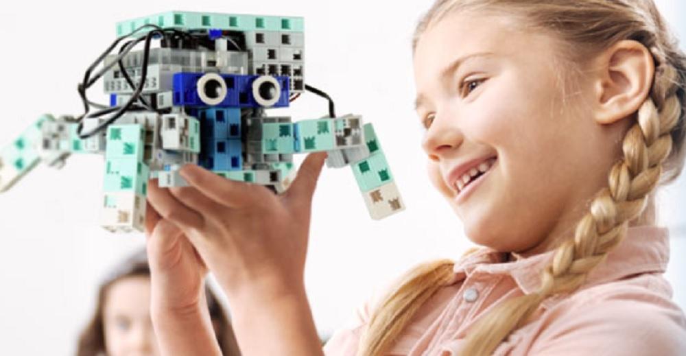 Comment utiliser le robot éducatif jouet en classe ?